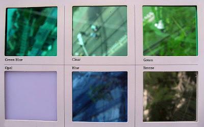 Polycarbonate đặc ruột có 6 màu thông dụng như CLEAR (trắng trong); GreenBlue (xanh hồ); Green (xanh lá); Blue (xanh dương); Bronze (trà); Opal (trắng sữa)