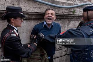 Risultati immagini per proteste anti trump a roma 24 maggio 2017 marco palombo