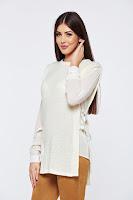 Pulover PrettyGirl alb casual tricotat cu maneci din voal