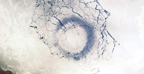 Mistério dos Anéis de gelo na Sibéria foi finalmente solucionado - Capa
