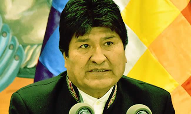 Gobierno pedirá activar sello rojo para Evo Morales luego de que sea imputado por estupro