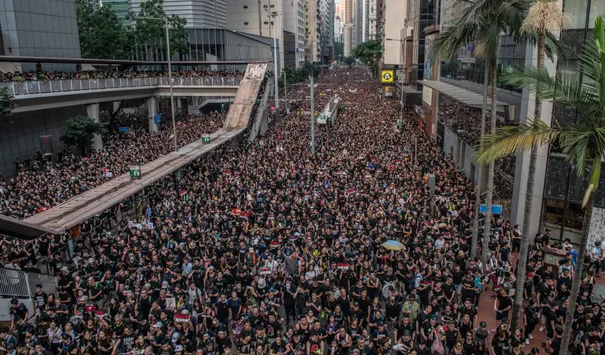 Hong Kong protests: pressure builds on Carrie Lam as public rejects the apology
