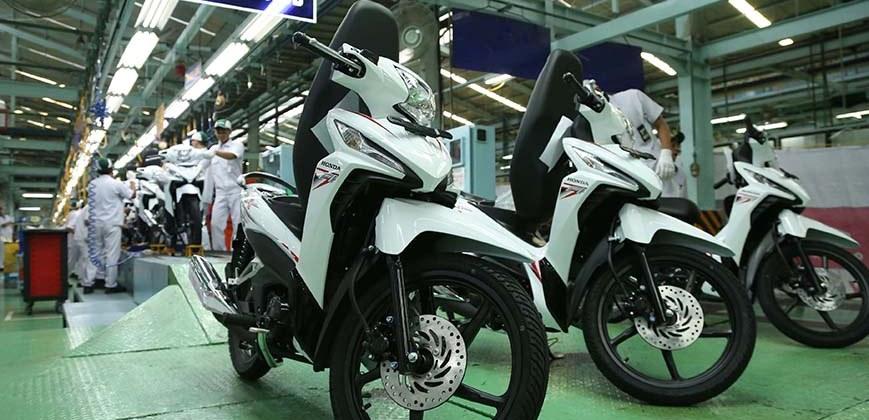 AHM Rilis Revo-X Dengan Tampilan Agresif Dealer Motor Honda Naga Mas Motor Klaten