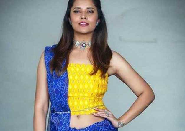 Anasuya hot images - Latest HD Navel photos