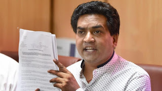 kapil-accuses-of-rs-300-crore-scam-in-drug-purchasing