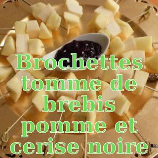 http://danslacuisinedhilary.blogspot.fr/2013/01/mini-brochettes-pomme-tome-de-brebis-et.html