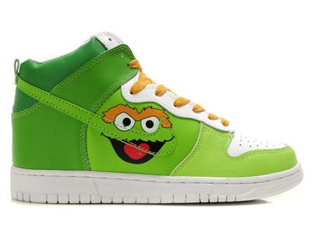 210da9cc4caf Source http   4.bp.blogspot.com  ZOspURJZ3Xo TOd7SW9dryI AAAAAAAAAH8  yTqJPP8WwY s1600  Converse+Chuck+Taylor+All+Star+Lo+Top+Kelly+Green+Canvas+Shoes+with+ ...