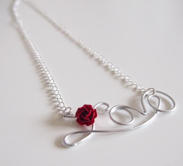 diy collier love en fil d aluminium