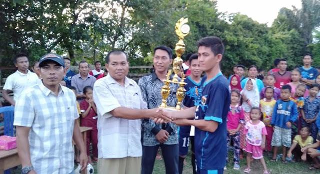 Football Cup II Karang Taruna Desa Pelayang Tebo Usai, RT 08 Sabet Juara Satu