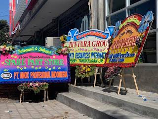 Karangan Bunga Dari UNOX - Perry Tangkilisan Jr  dan Bank Mandiri