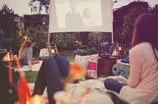 Easy DIY Outdoor Cinema in The Garden - Home Garden Cinema 9