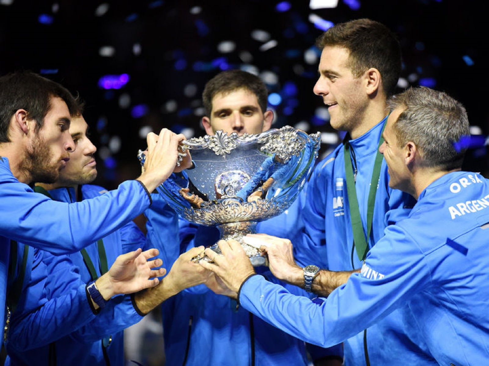 ARGENTINA DAVIS CUP CHAMPIONS 4