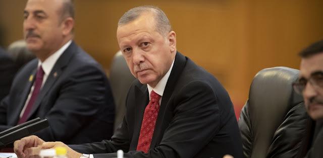 «Ψίθυροι» της αντιπολίτευσης για πρόωρες εκλογές το 2021 στην Τουρκία