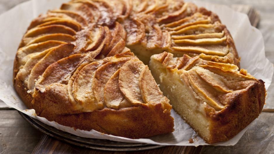 Torta de manzana con masa licuada