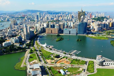 macau-by-day