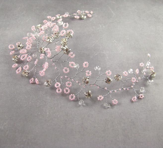 Ślubny fascynator do włosów - gałązka z kryształkami.