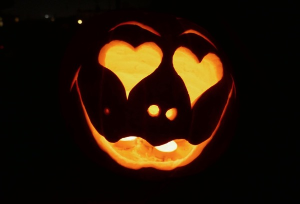 Lovely Lips Carved Halloween pumpkin