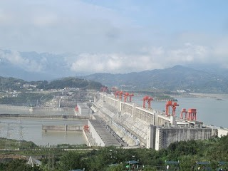 largest hydroelectric gravity dam || The Three Gorges Dam ||