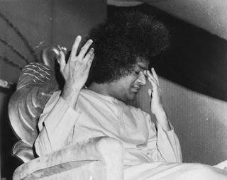 """Meditacija – tai """"neveikimo"""" būsena"""