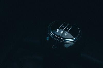 Kelebihan Dan Kekurangan Transmisi Mobil Automatic vs Manual