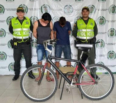 Le robaron una bicicleta a un hombre de la tercera edad