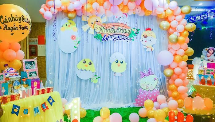 Bé Huyền Trang kỷ niệm ngày thôi nôi 1 tuổi | Birthday 1st