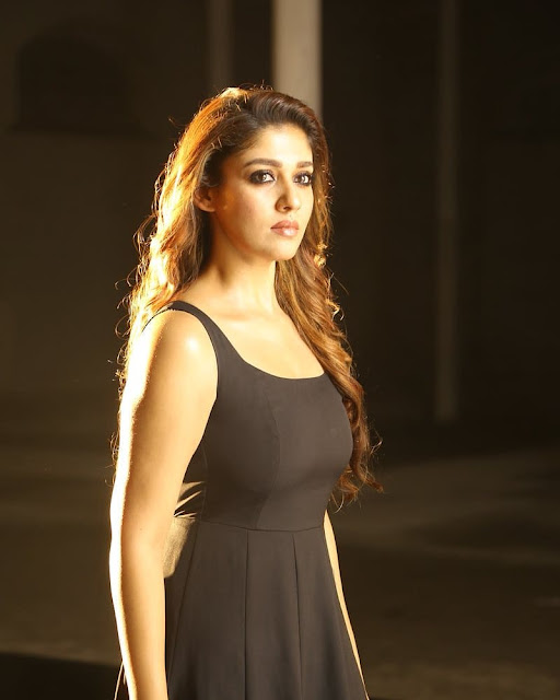 nayanthara hd photos, whatsapp dp images, hot pics, saree photos,