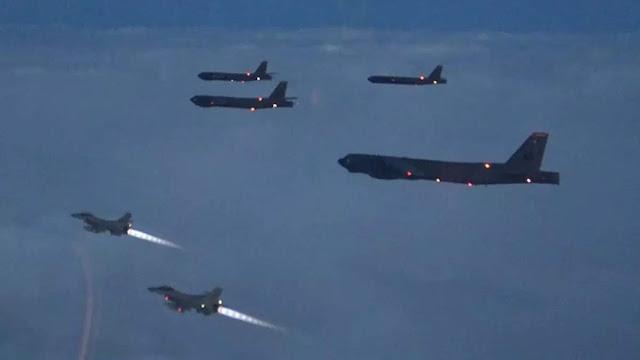 Pesawat Pengebom AS Tiba-tiba Muncul, Rusia Kerahkan Jet Tempur!