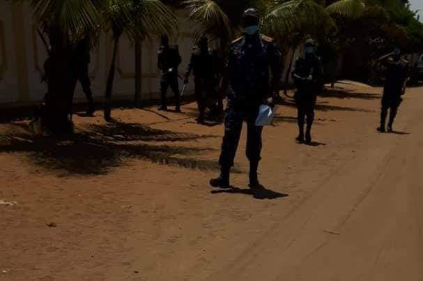 DMK: Le lieu du meeting bouclé par la police