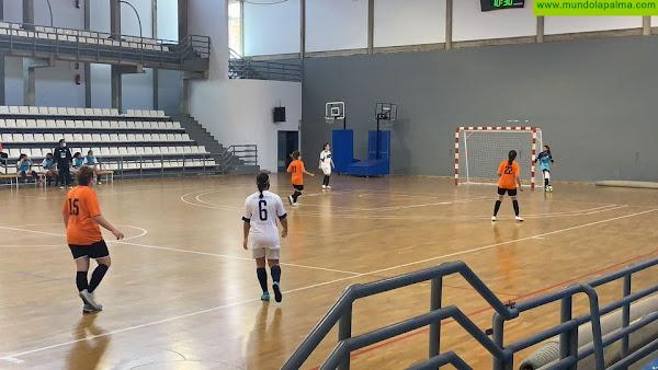 Las chicas de Áridane del Valle Áridane Merjo Futbol Sala, comienzan liga ganando. 6-4