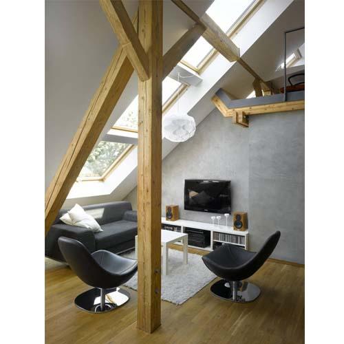 Esempio di ristrutturazione del soggiorno di un piccolo loft a Praga