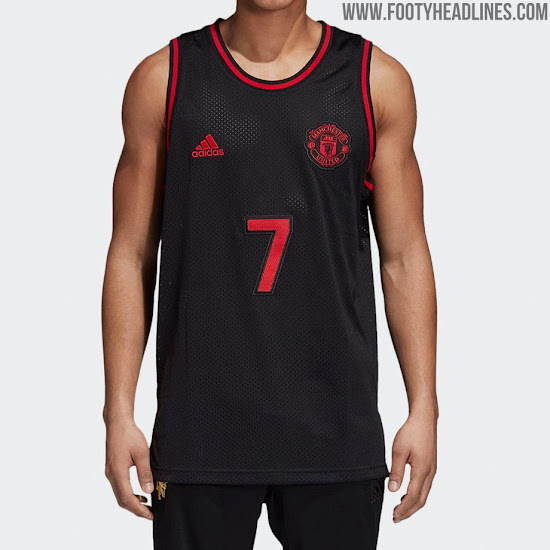 38dba3ed614 In addition to similar items for its other big teams such as Bayern Munich  and Real Madrid