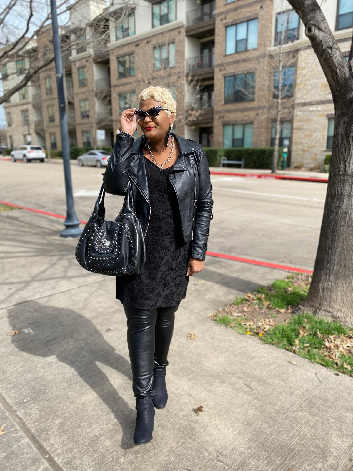 Tangie Bell sharing her polka dot black thrift outfit. Weekend Bits and Favorites