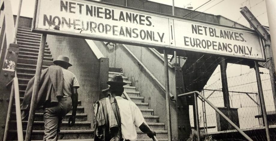 politik apartheid di afrika selatan