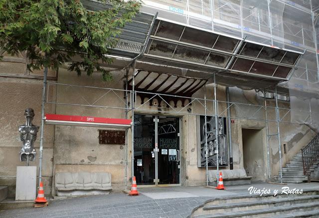 Museo de HR Ginger, Gruyeres