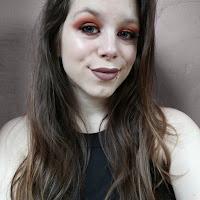 https://shirleycuypers.blogspot.com/2018/04/i-heart-revolution-chocolate-orange-brown-orange-tutorial.html