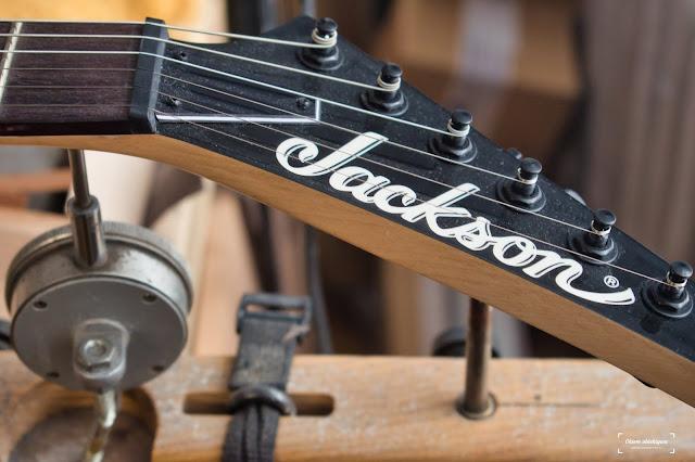 Naprawa gitar elektrycznych