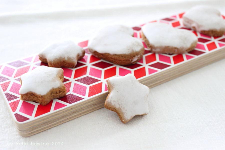 Kekse backen, Plätzchen, Weihnachten, Advent, Farbe rot, Weihnachtsbäckerei, Zimt und Nelkenpulver, Südtiroler Foodblog