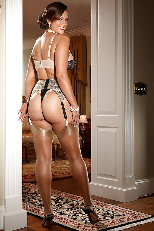 Avidlove women sexy lingerie set sheer mesh ruffled bra and thong panty set