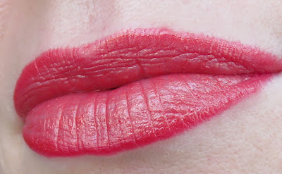 saveonbeauty_tigi_decadent_lipstick_splendor_swatch
