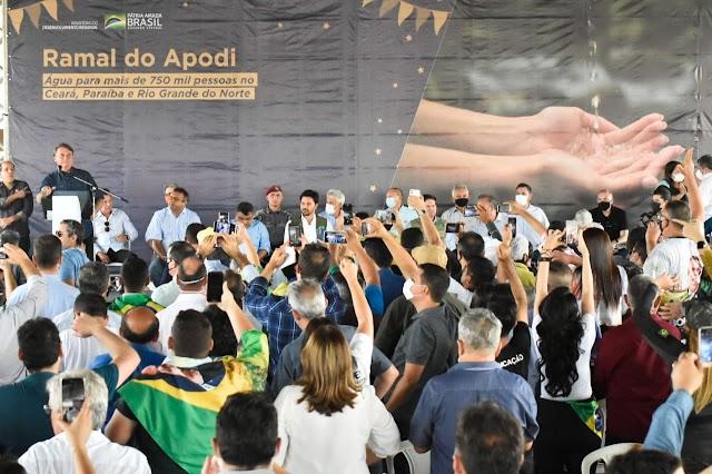 Deputados participam de agenda de Bolsonaro para liberação de obras do Ramal Apodi