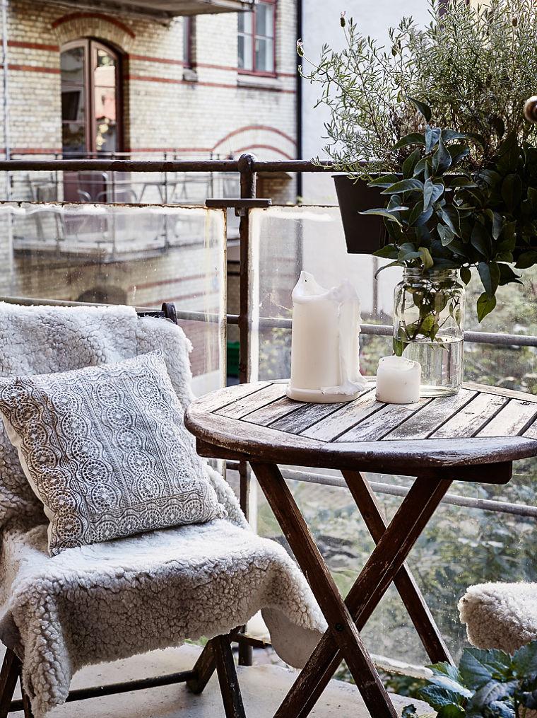 PUNTXET Un hogar luminoso con un dormitorio escondido #decoración #hogar #balcones