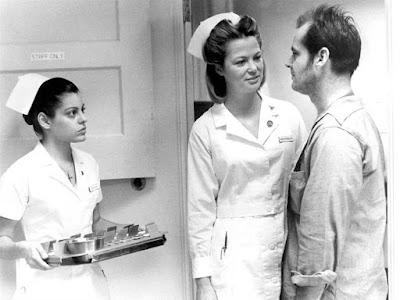 В психиатрии ведь как? Кто первый халат надел, тот и доктор!