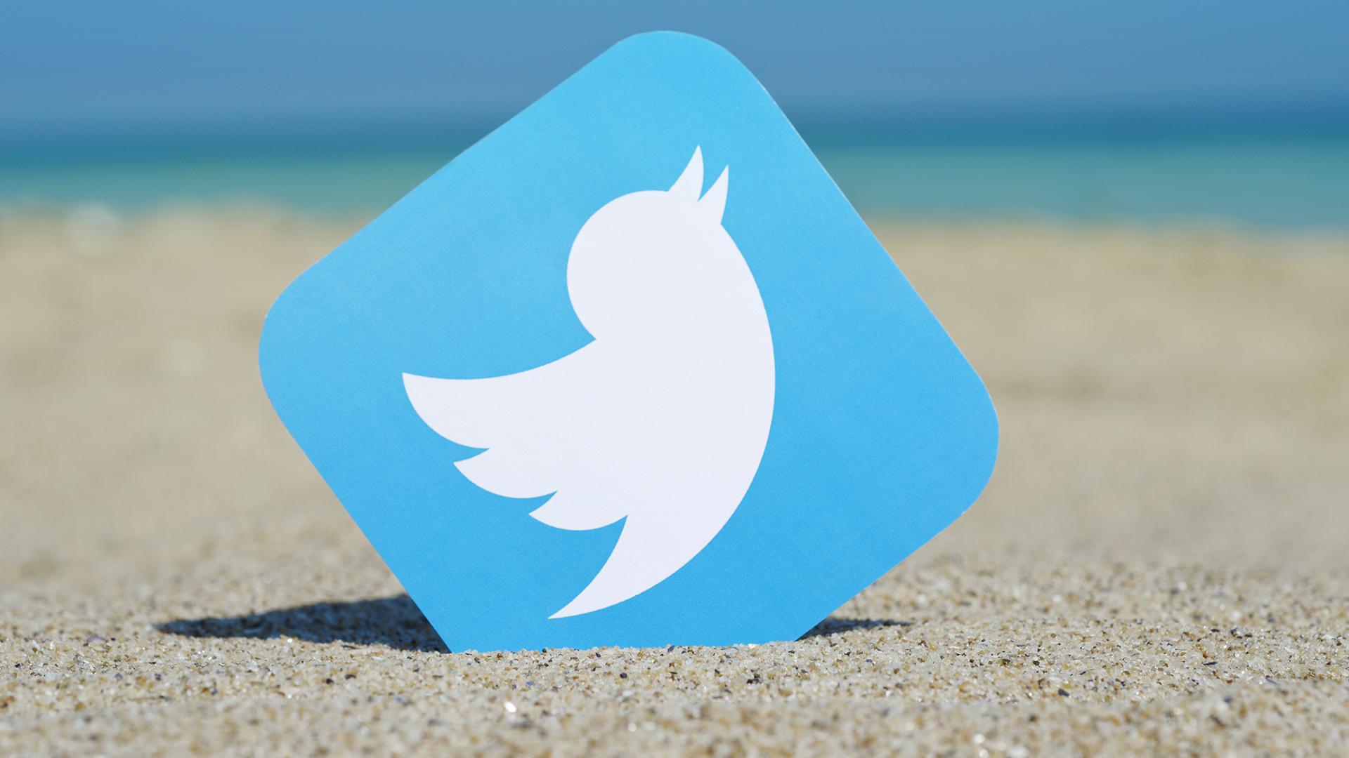 Sosyal medyanın en popüler ve en sevilen platformlarından biri olan Twitter, mobil kullanıcılar için yeni bir güncelleme getiriyor! Twitter mobil kullanıcılara 4K görüntü paylaşım imkânı sunuyor.