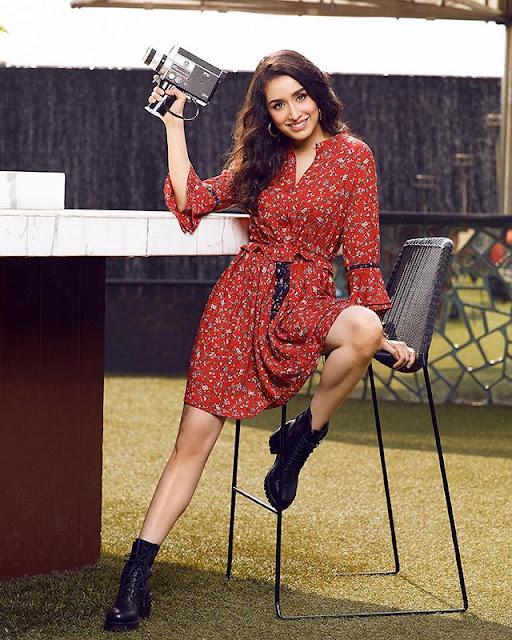Shraddha Kapoor Hot & Sexy Pics