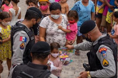 Militares do Cisp de São José da Tapera promovem Natal Solidário para cerca de 500 crianças