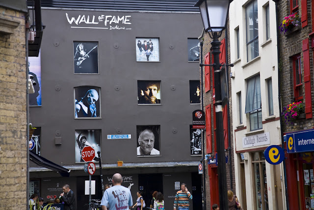 A view of the Wall of Fame looking down Cecilia St in Temple Bar, Dublin