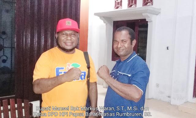Bupati Manokwari Selatan dan Ketua DPD HPI Papua Barat Matias Rumbruren