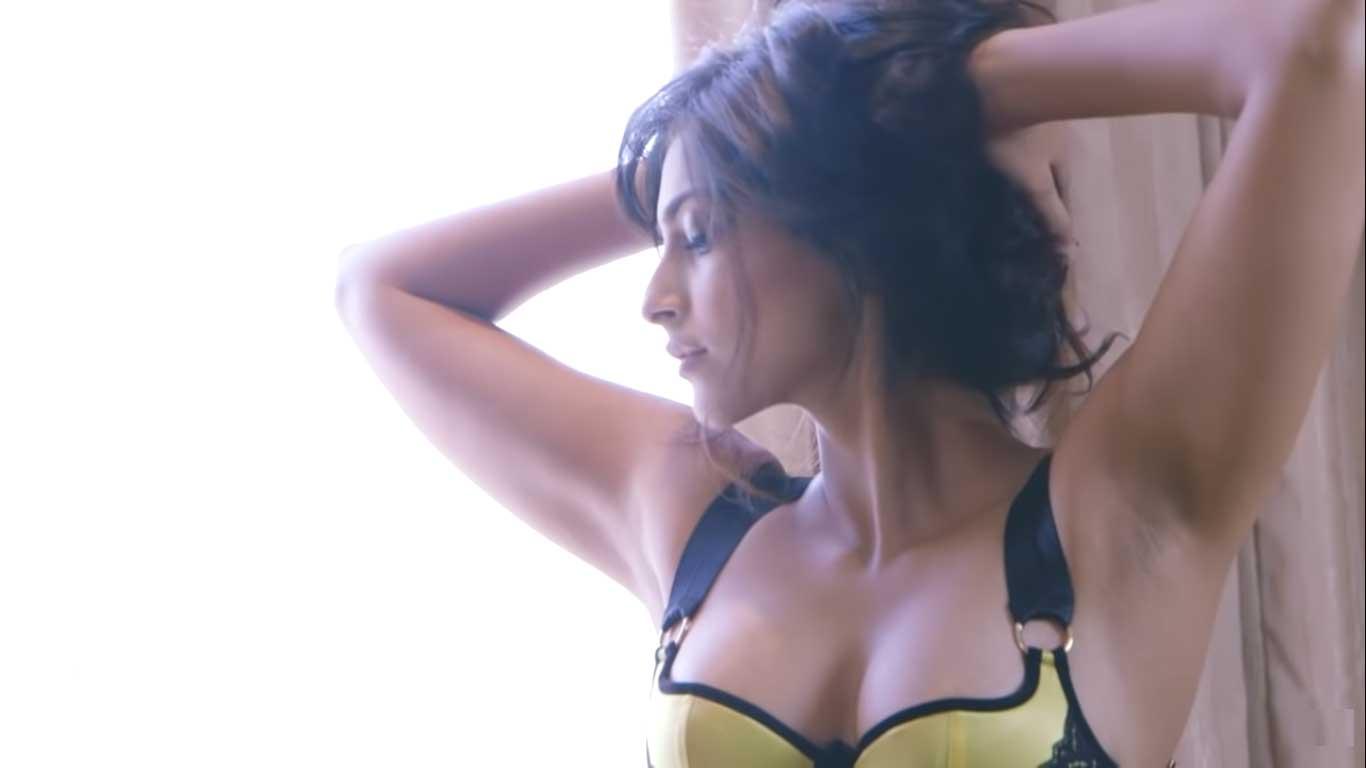Sonam Kapoor Armpits HD