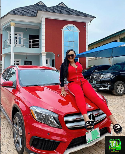 Mercy-Aigbe-Finally-Joined-the-Mercedes-Benz-Gang-Shows-Off-Her-Newly-Aquired-Benz-Teelamford